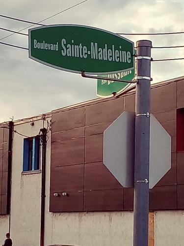 Boul. Ste Madeleine 10